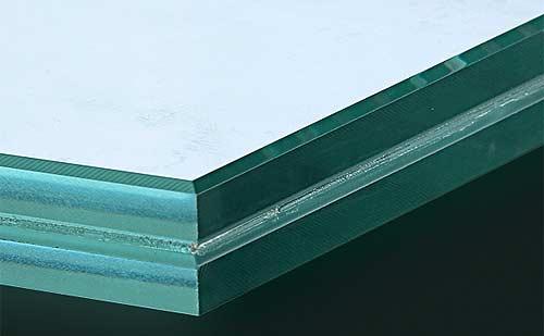 stikla-laminesana