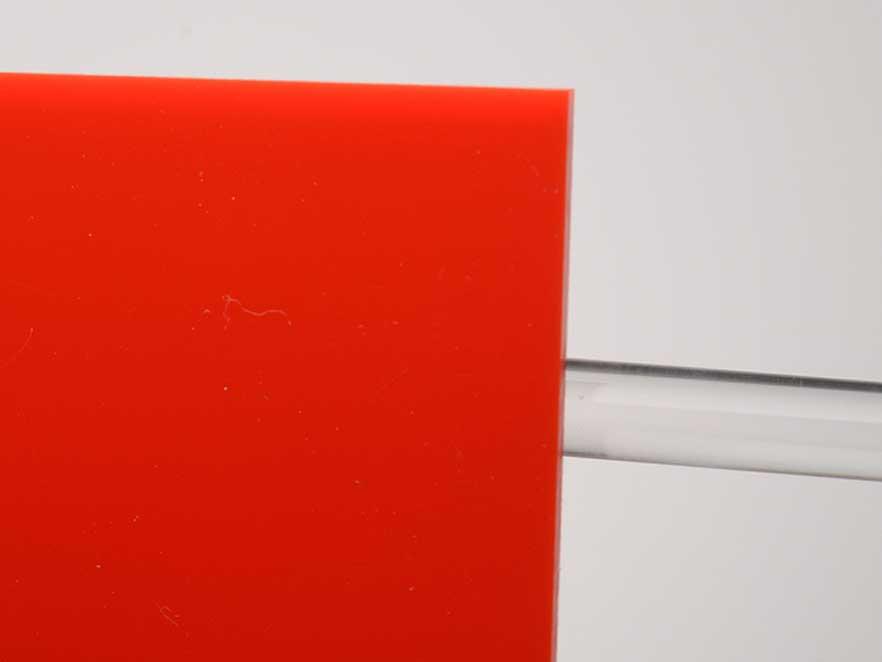 Plexiglas Red 3N670