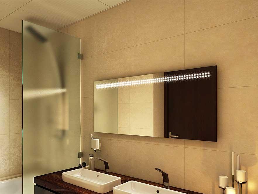 Spogulis ar apgaismojumu