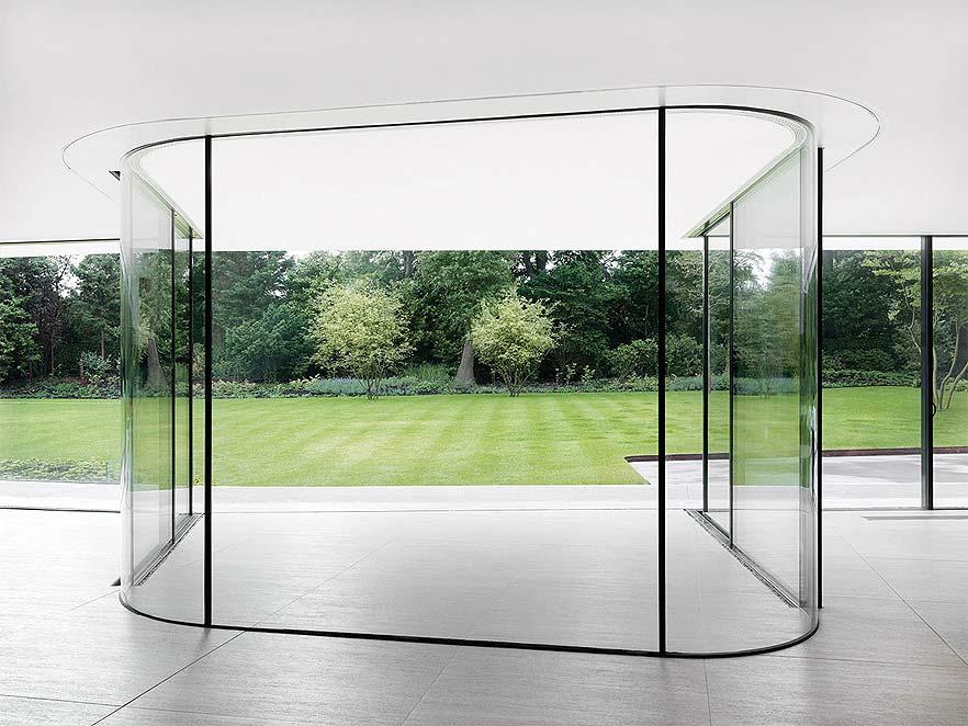 Гнутое (моллированное) стекло