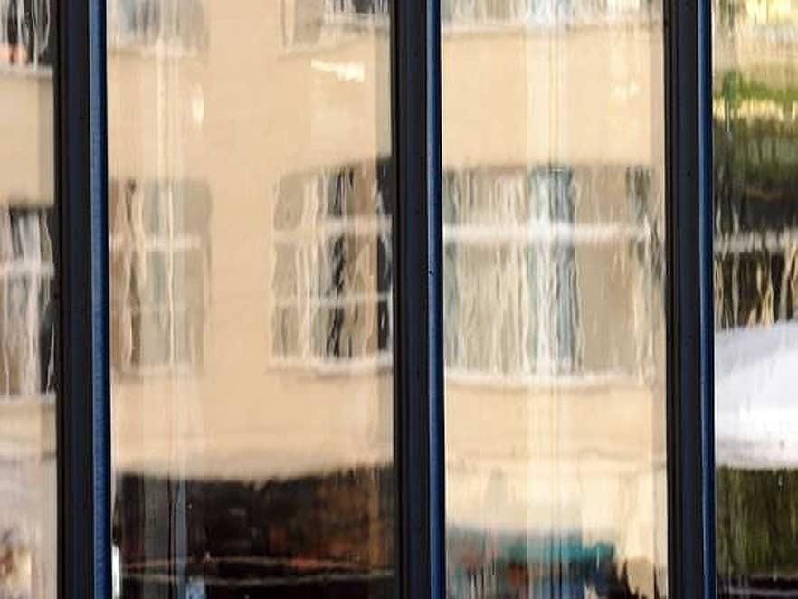 Vilktais stikls restaurācijai