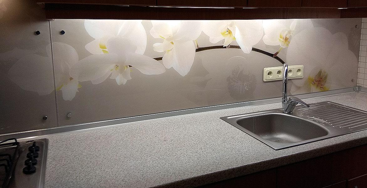 Панель с орхидеями