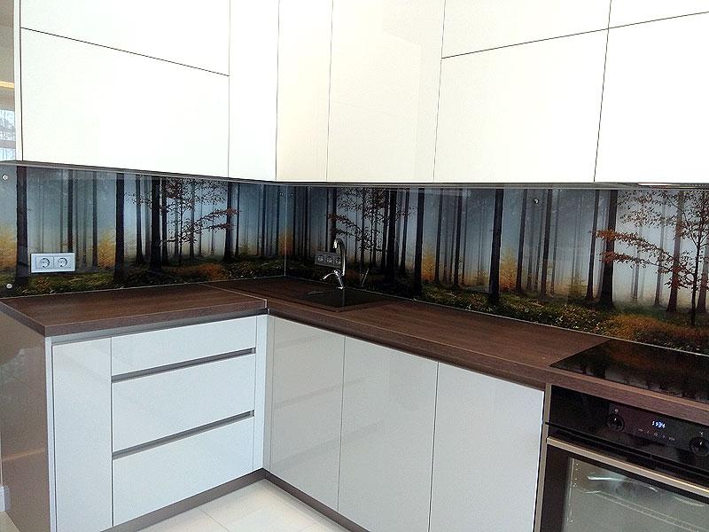Meža virtuves panelis