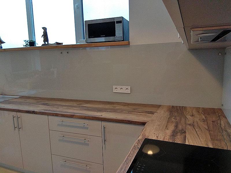 Plats panelis maigi pelēkā krāsā (frosty grey)