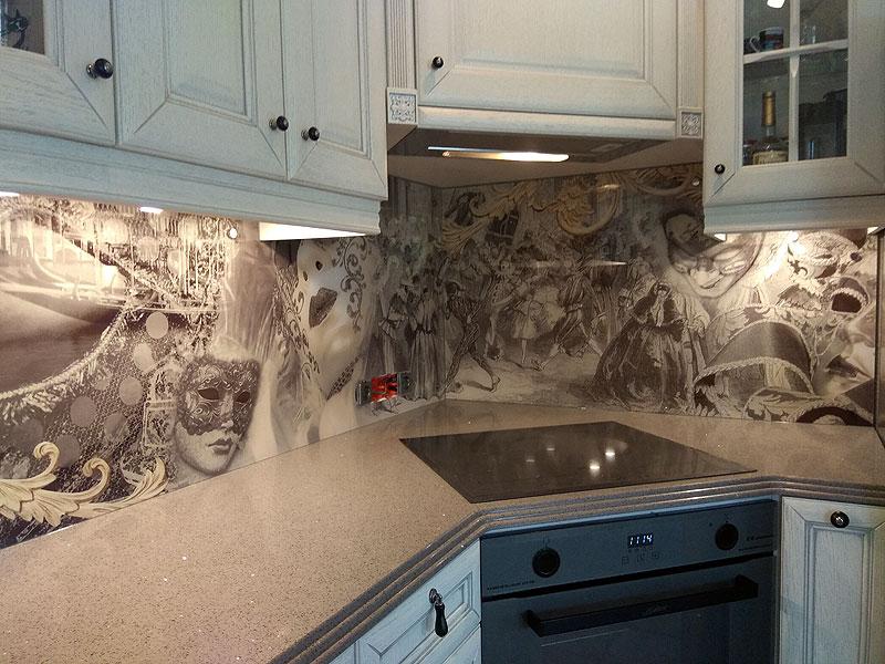 Elegants virtuves panelis